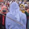 To kvinner offentlig pisket i Malaysia for angivelig sex