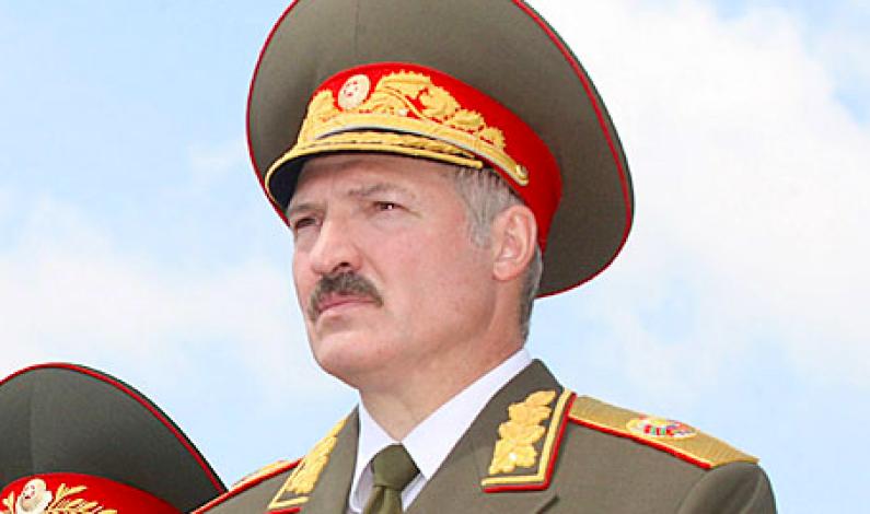 Essensielt i Minsk:       Europas siste diktator utfordres av en kvinne