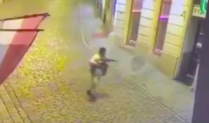 Fire drept i Wien av islamist