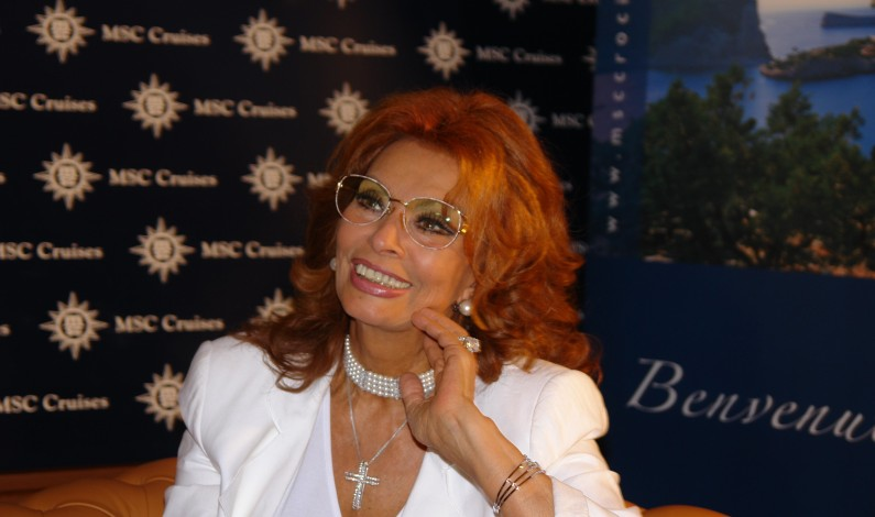 SOPHIA LOREN (82): MØTE MED ITALIAS NASJONALIKON